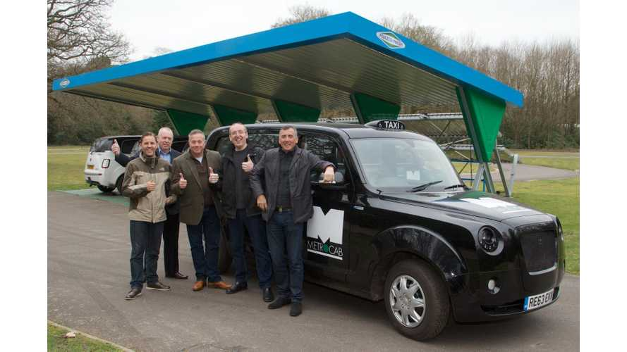 London Taxi Drivers And Mayor Boris Johnson Are First to Test Metrocab (w/video)