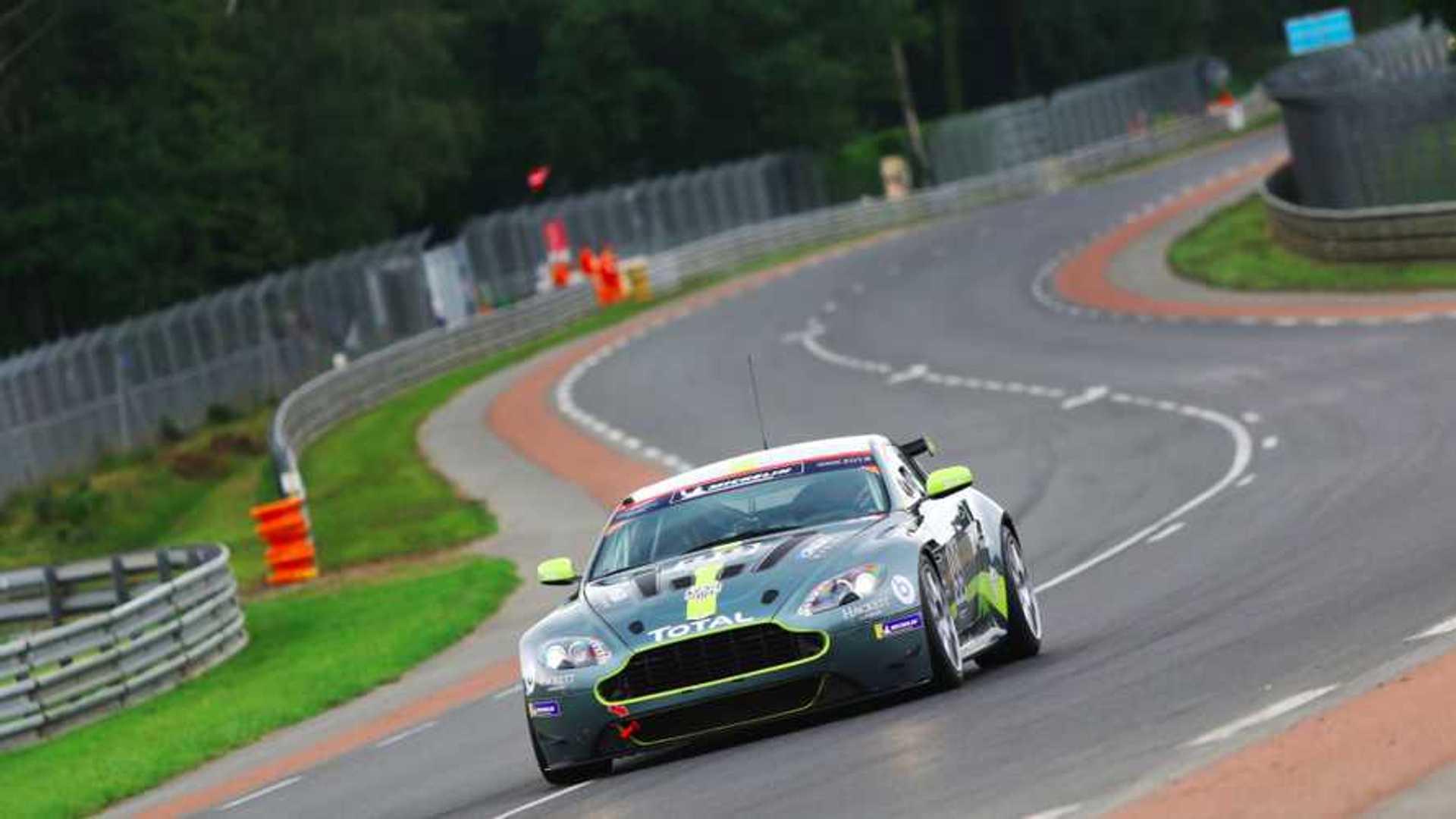 "[""Aston Martin Heritage Racing""]"