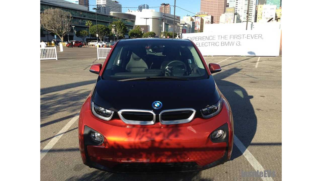 BMW i3 Waits For Us To Get In!