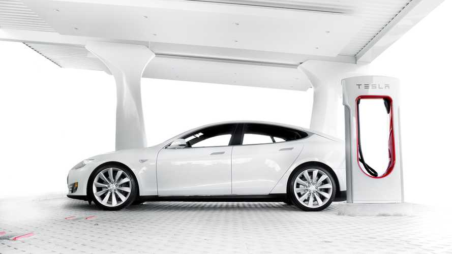 Does Cheap Gas Mean Tesla Supercharging Is Now Overpriced?