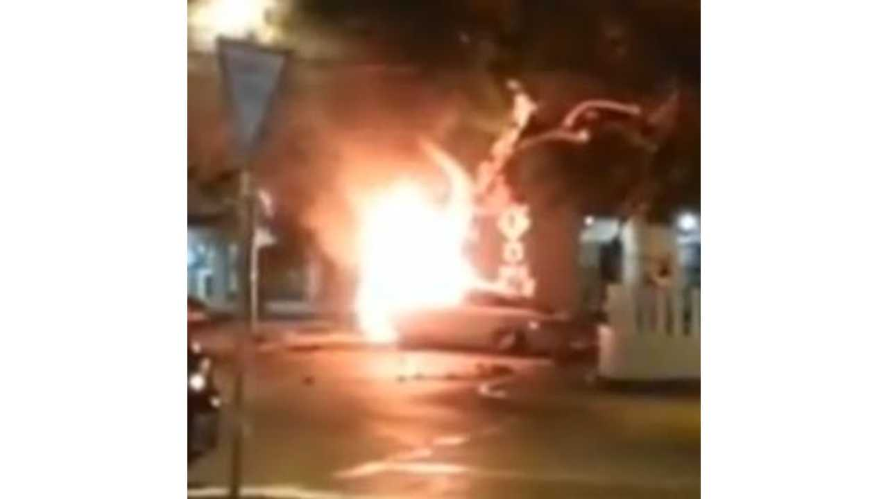 Video: Tesla Model S in Flames After Violent Crash in Mexico (UPDATE)