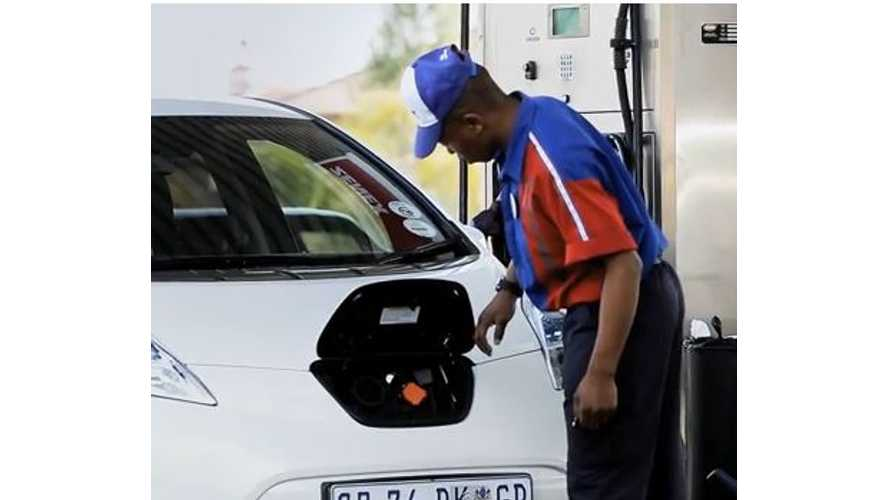 Video: Watch as Gas Station Attendants Attempt to Fuel South Africa's First Nissan LEAF