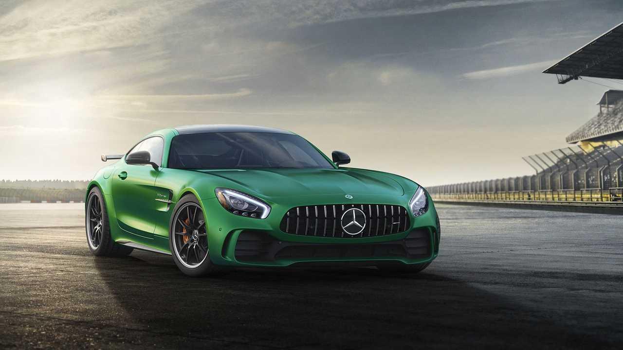 2 - Mercedes-AMG GT