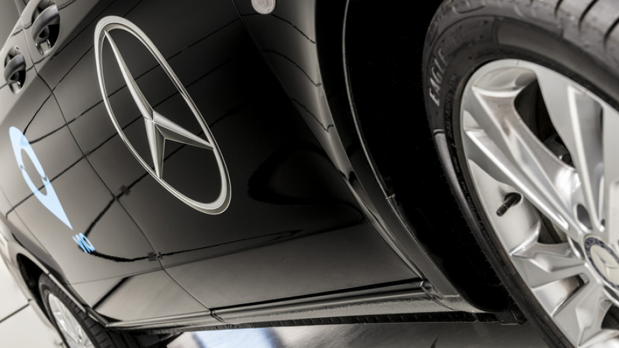 Mercedes-Benz Vans e Via