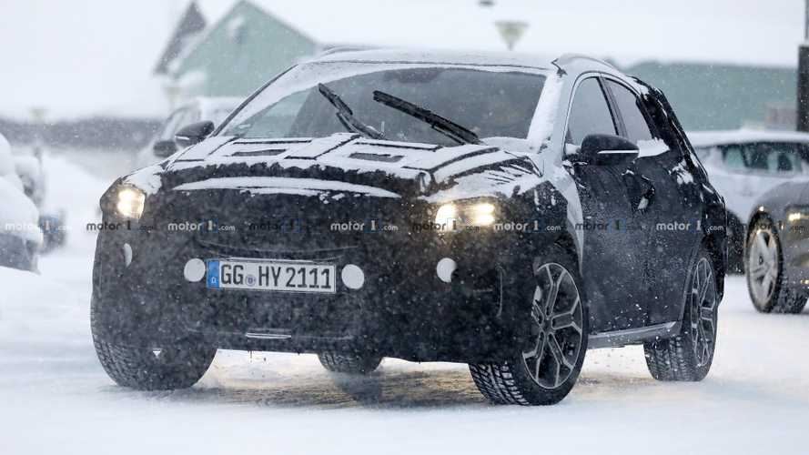 2019 Kia XCeed crossover spied ahead of possible Geneva debut