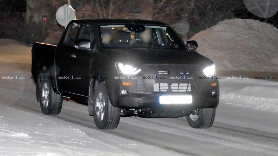 Isuzu D-Max spy photos