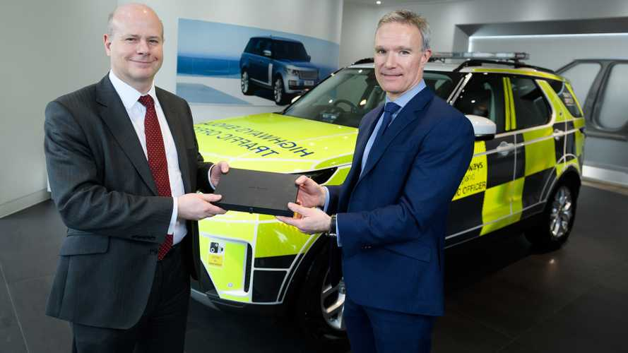 Highways England Land Rover Discoverys