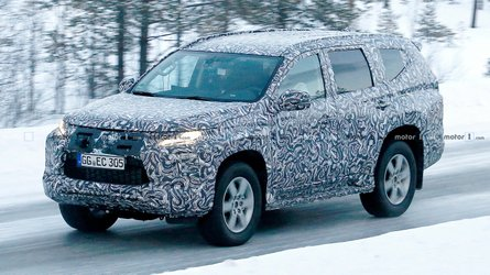 Mitsubishi Pajero Sport Facelift Spied For The First Time
