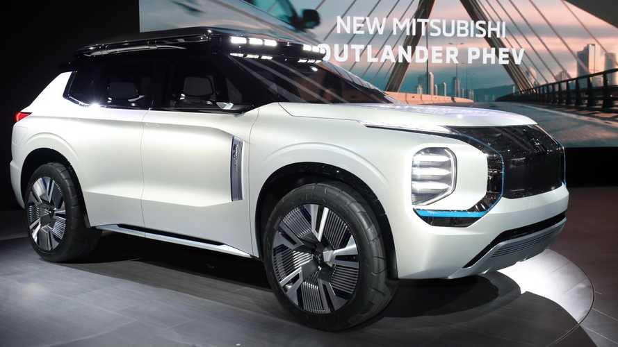 Mitsubishi Engelberg Tourer SUV showcased in Geneva