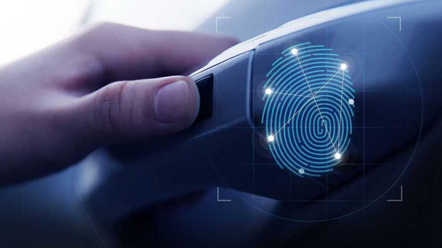 Hyundai Santa Fe, la tecnologia di riconoscimento delle impronte