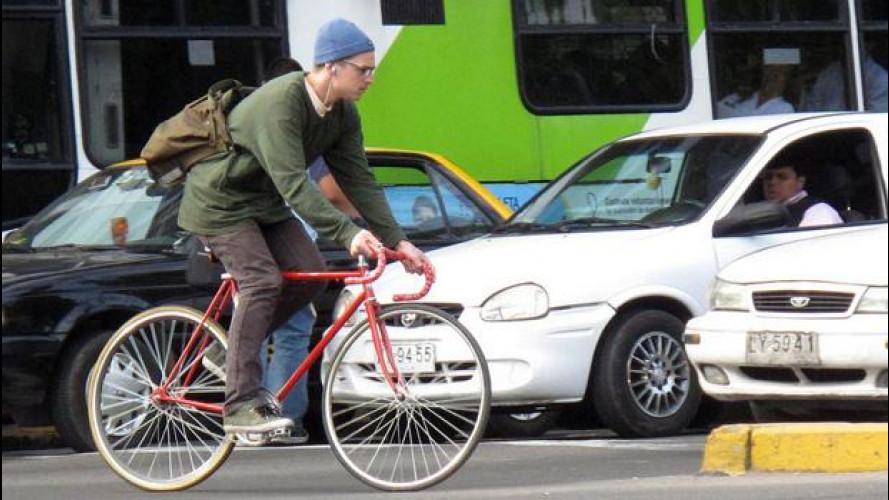 """Google Car, a metterla in crisi è stata la bici degli """"hipster"""""""