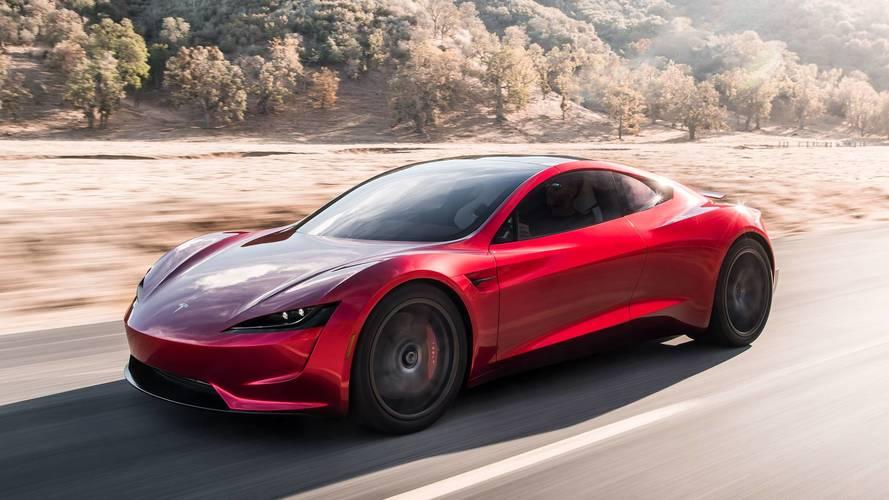 Da 0 a 100 in 1,1 secondi: ecco come fa la Tesla Roadster (con i razzi)