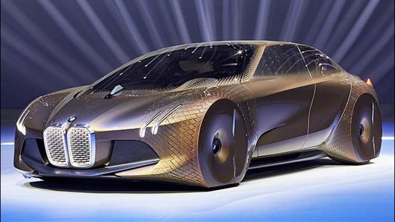 [Copertina] - BMW Vision Next 100, visionaria e intuitiva