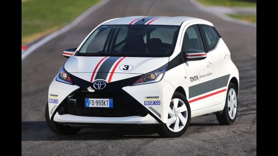 Toyota presenta la Driving Academy, fra emozioni e sicurezza
