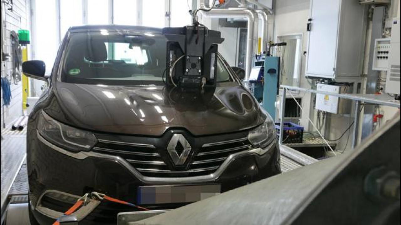 [Copertina] - Renault, replica in 3 punti alle accuse sulle emissioni della Espace
