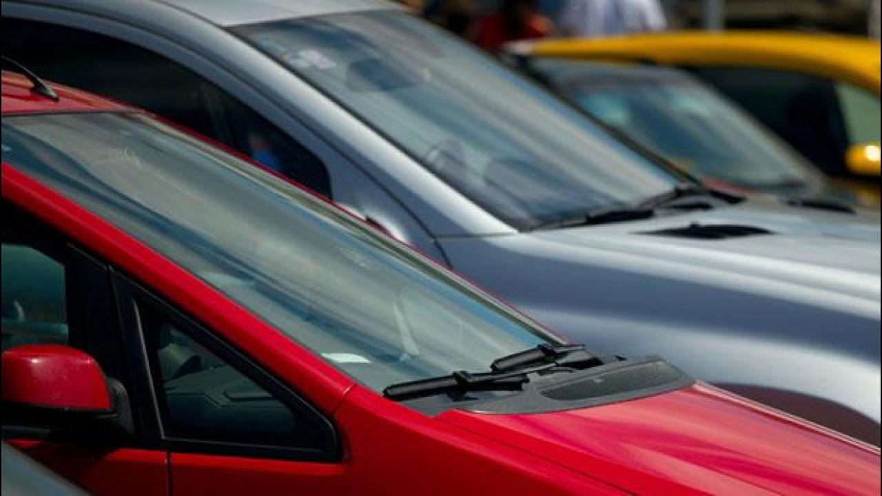 [Copertina] - Incentivi auto 2013: i concessionari sono ancora più nei guai