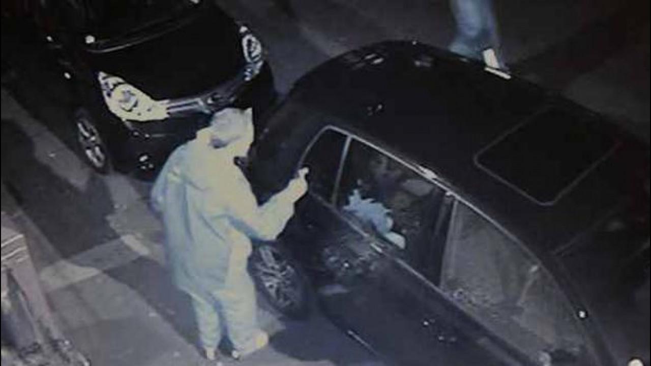[Copertina] - Un italiano su dieci ha vandalizzato un'auto