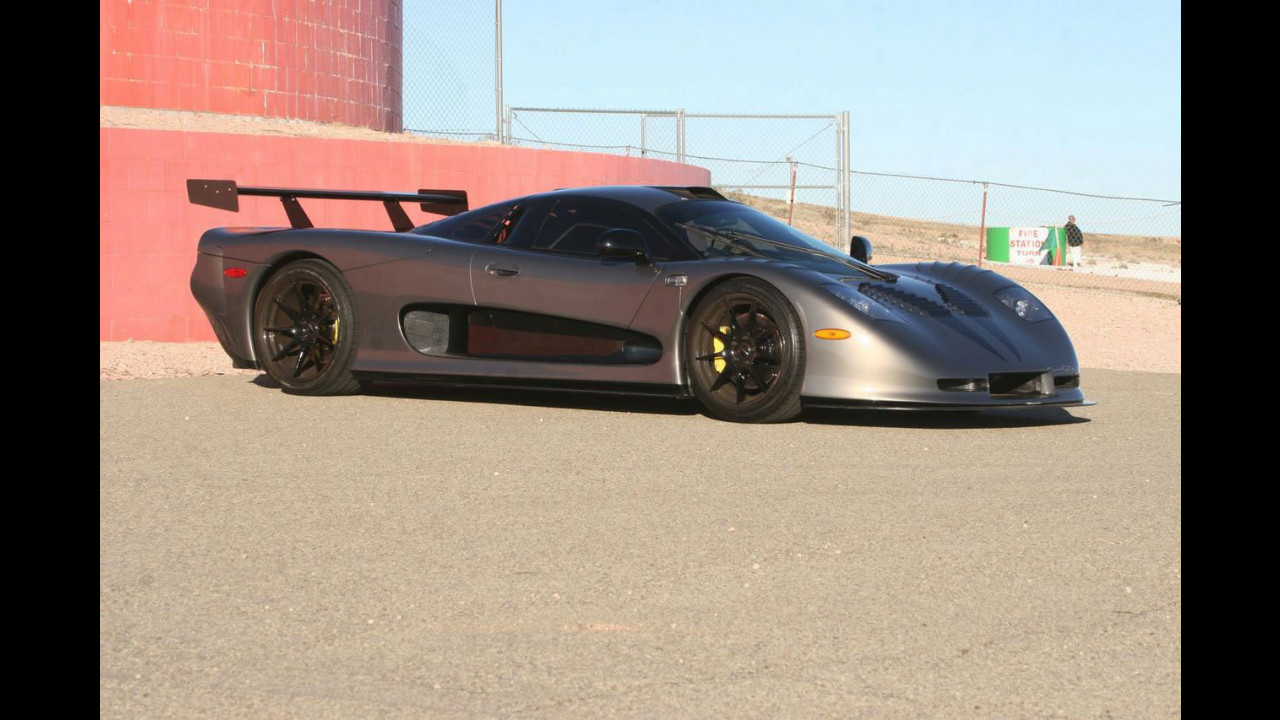IAD Mosler MT900 GTR XX: 2.500 CV e 491 km/h