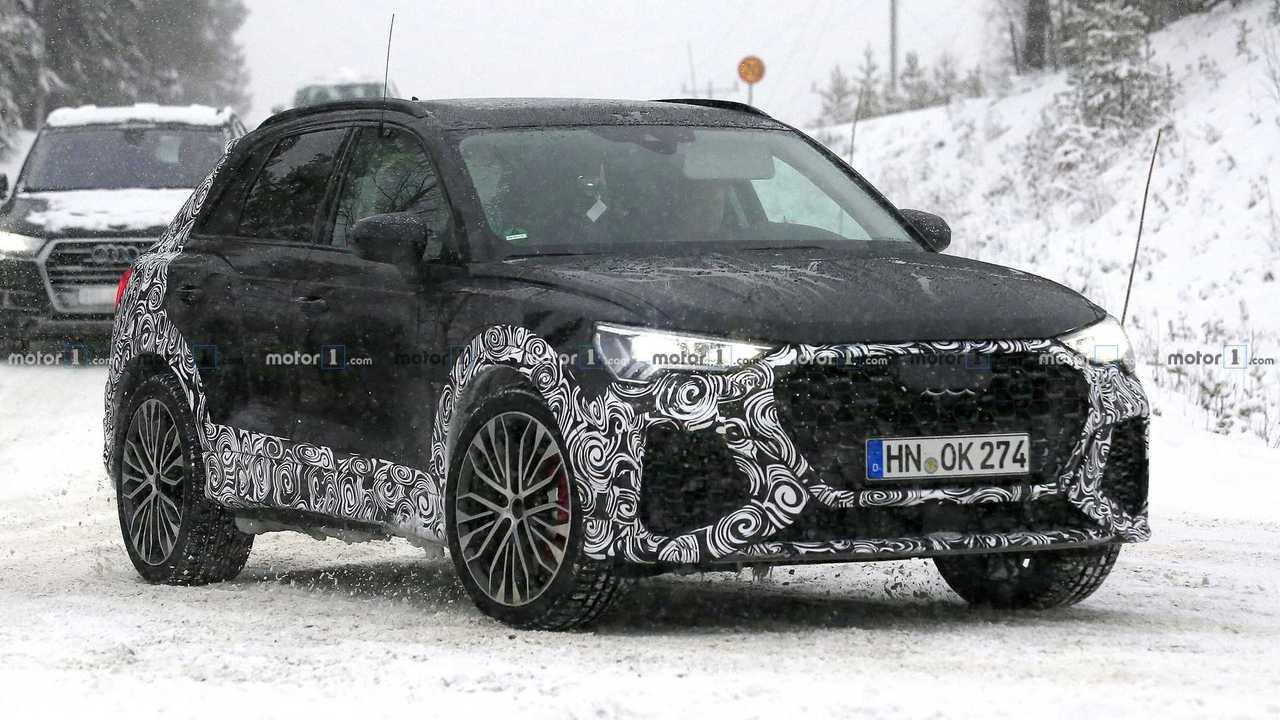 2020 Audi RS Q3 casus fotoğraf