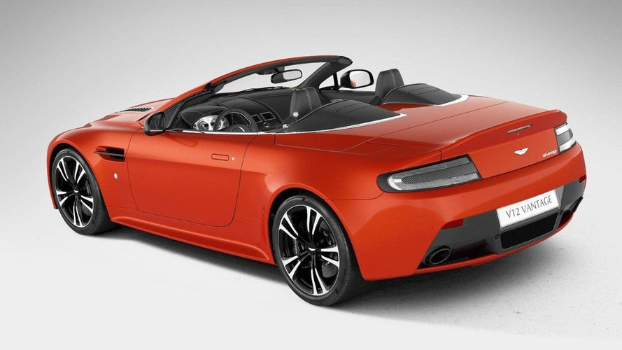 Aston Martin V12 Vantage Roadster revealed
