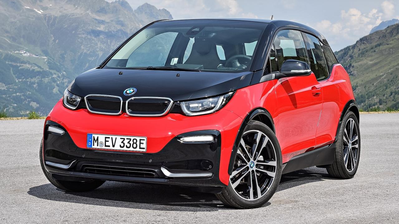 [Copertina] - BMW i3, con il restyling si fa più