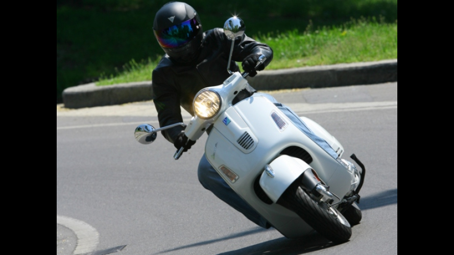 Vespa GTS 300 Super - TEST