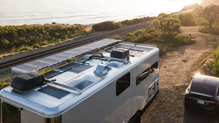 2021 Living Vehicle Trailer Has Enough Batteries To Charge An EV