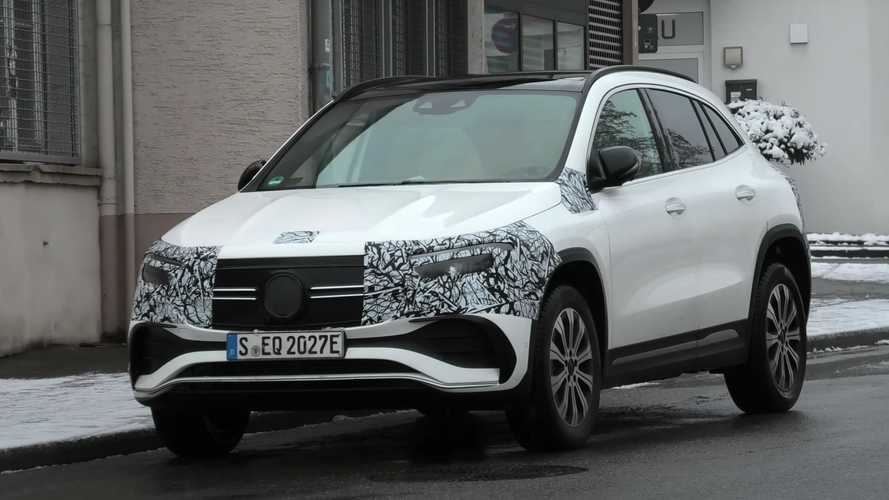 2022 Mercedes EQA and EQB spied with minimal camouflage
