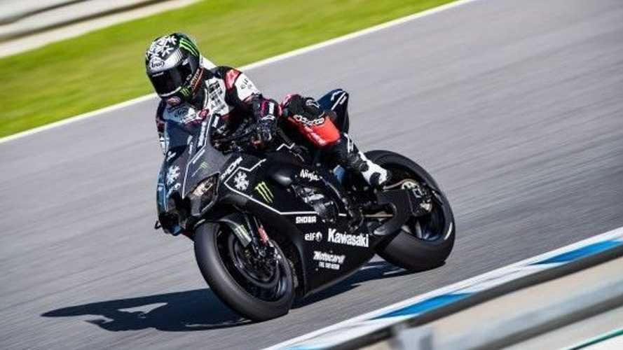 British WSBK racer Jonathan Rea doesn't actually have a road bike license
