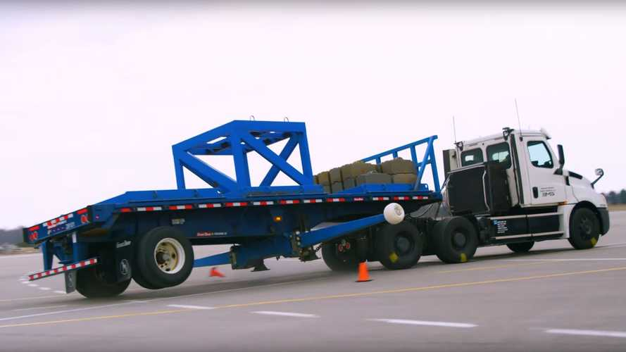 Watch How Freightliner Tests All-Electric eCascadia Semi Truck