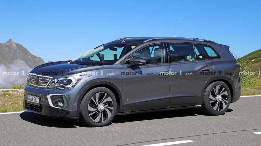 Volkswagen ID.6, i test del prossimo SUV elettrico