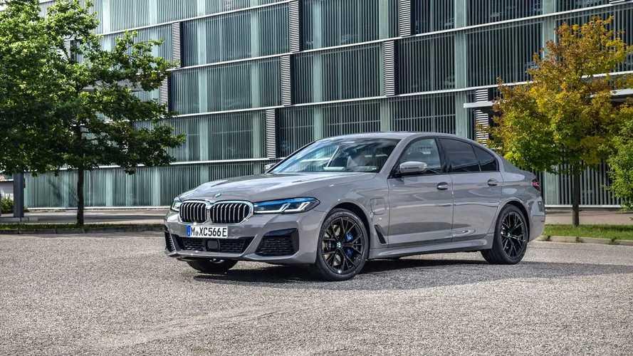BMW Serie 545e xDrive, la prova del prototipo