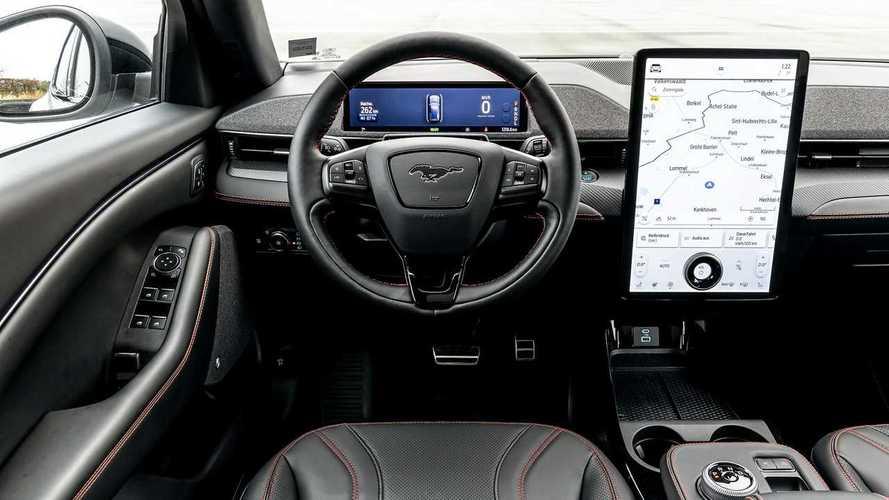Arriva Ford Power-Up: tanti aggiornamenti OTA e c'è anche Alexa