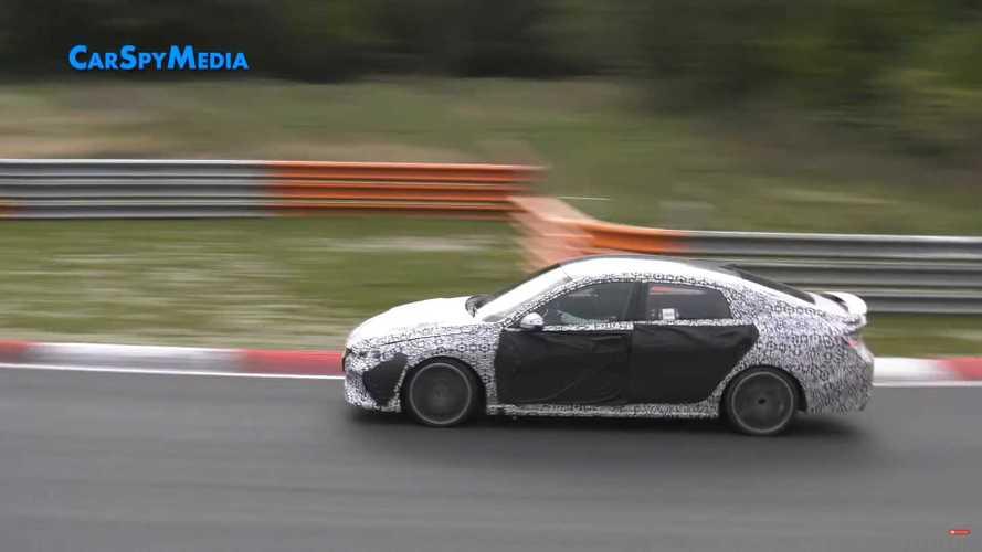 Hyundai Elantra N сняли на видео на Нюрбургринге