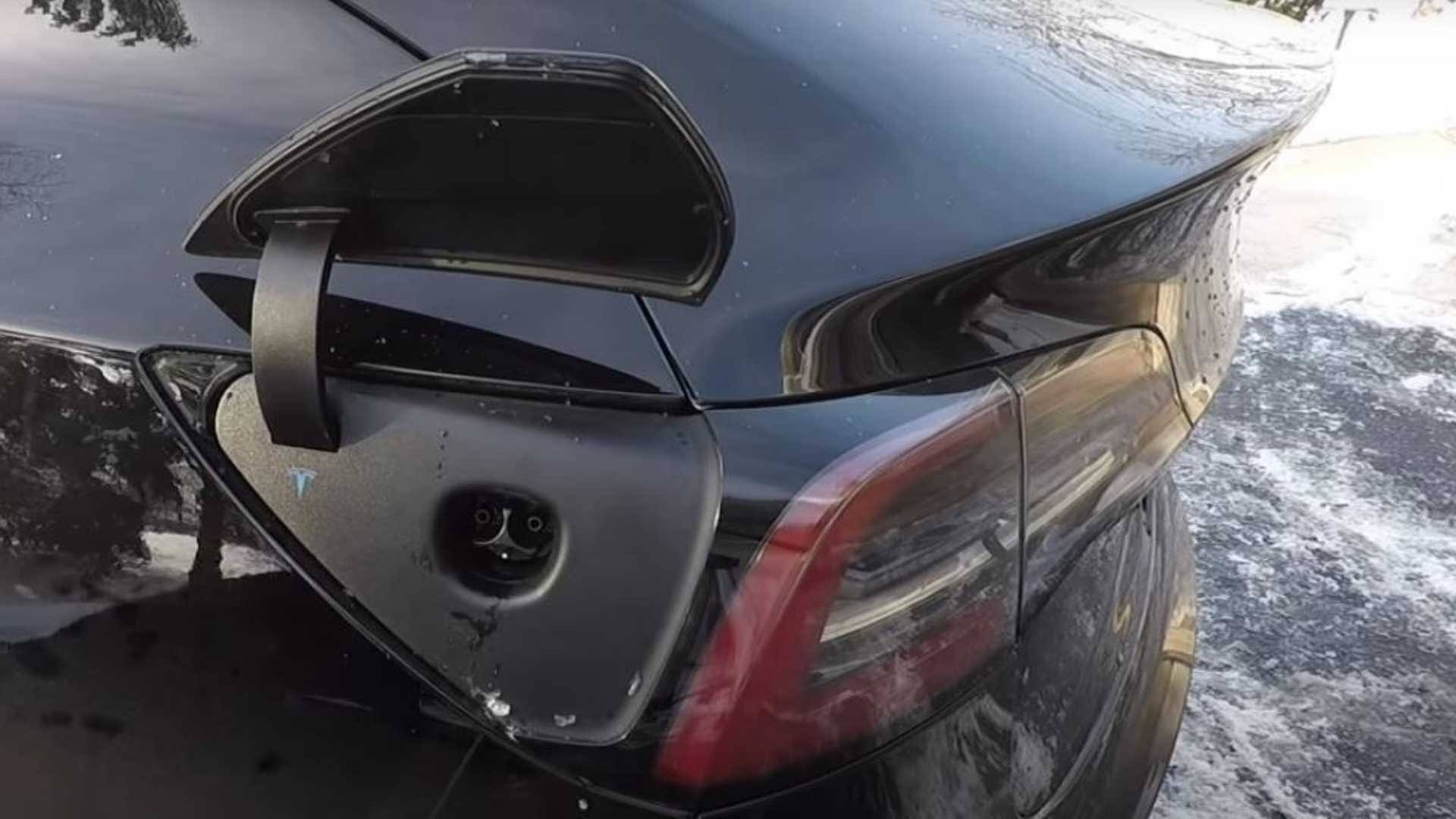 Tesla Model 3 & Y To Get Heated Charging Port Via Upcoming ...
