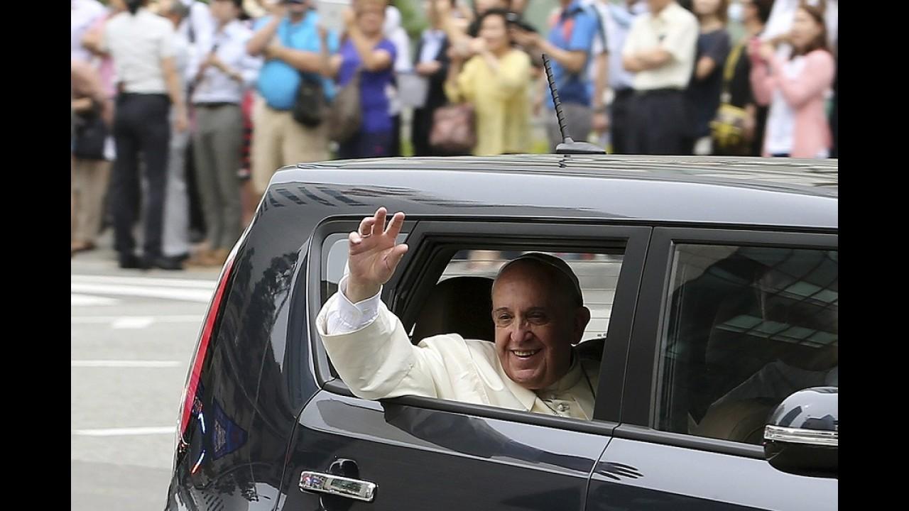 O Papa é pop: Francisco faz vendas do Kia Soul subirem 63% na Coreia do Sul