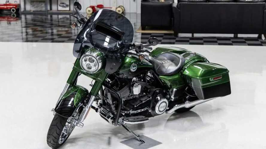 Score This 2014 Harley-Davidson CVO Road King Now