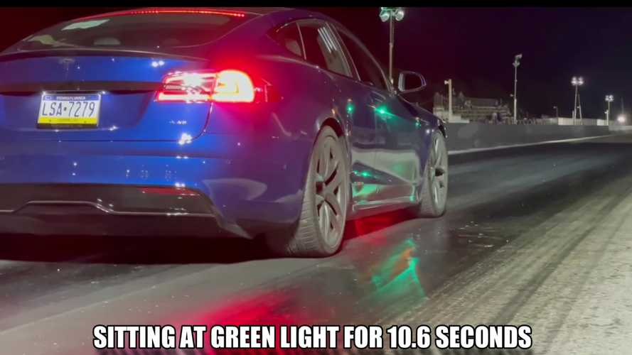 Tesla Model S Plaid Drag Races Normal Car With 10-Second Head Start
