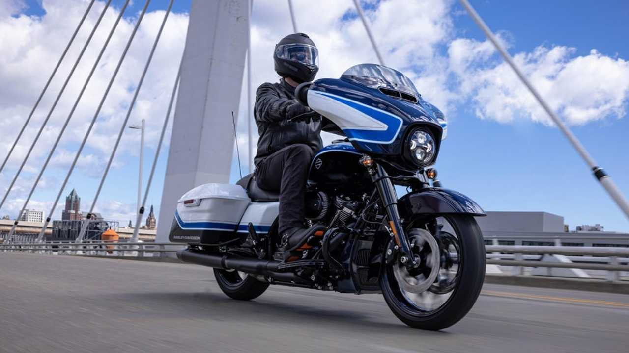 Harley-Davidson Launches Limited Edition Arctic Blast Street Glide Special