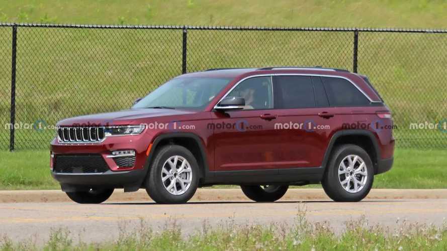 Nuova Jeep Grand Cherokee, ecco la versione 5 posti durante i test