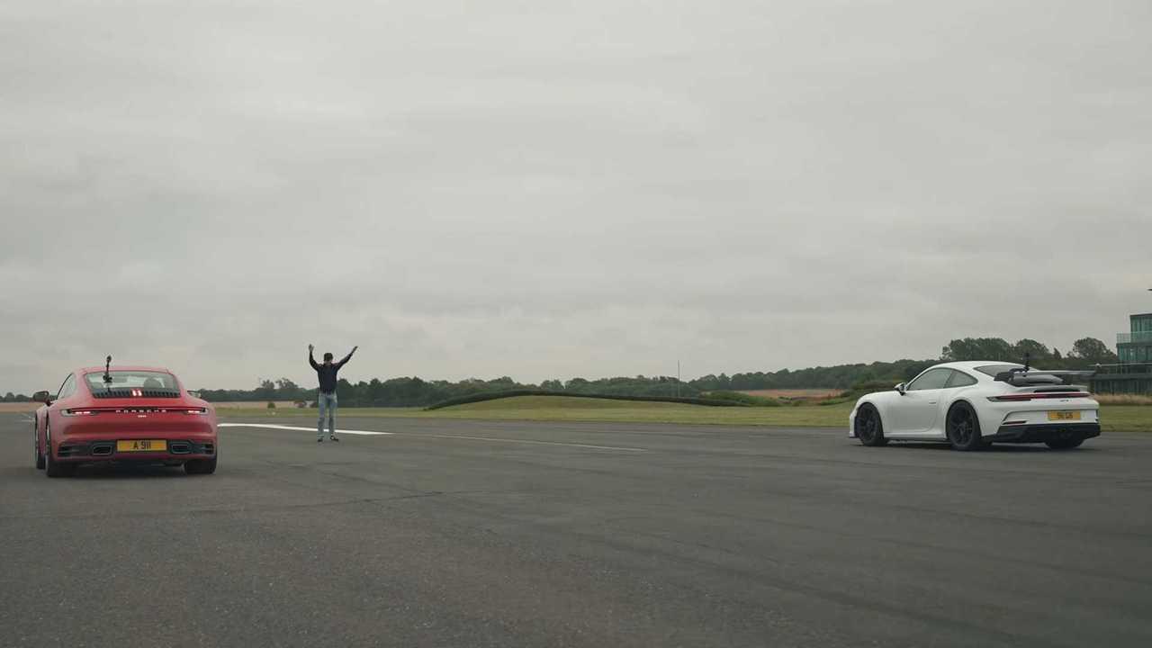 Porsche 911 Carrera Vs GT3 Drag Race