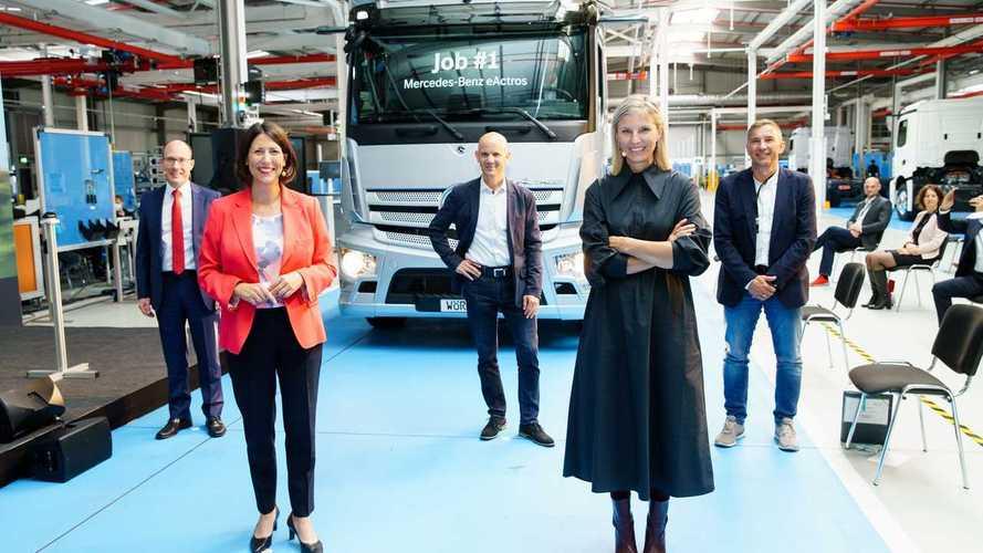 Mercedes eActros, la produzione è iniziata