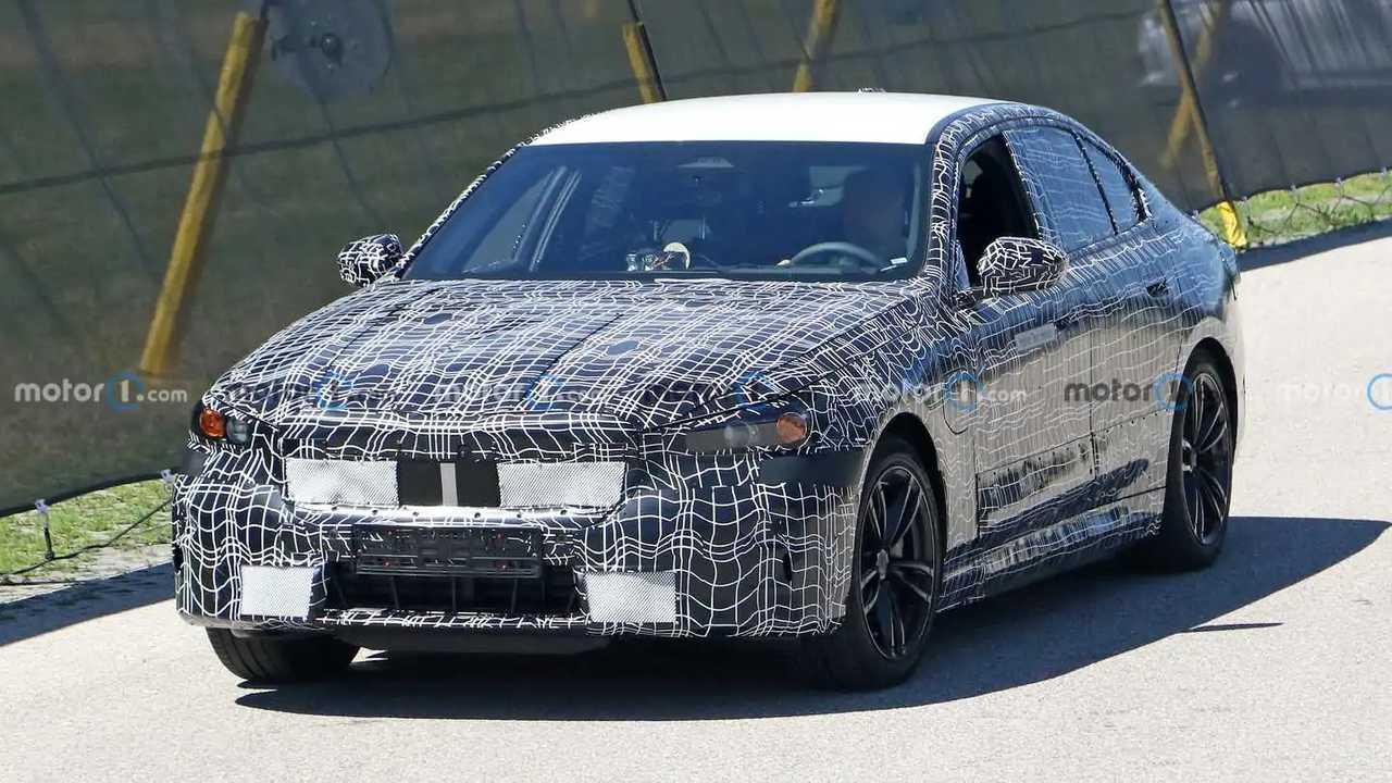 Detail baru soal next-gen BMW M5 muncul.