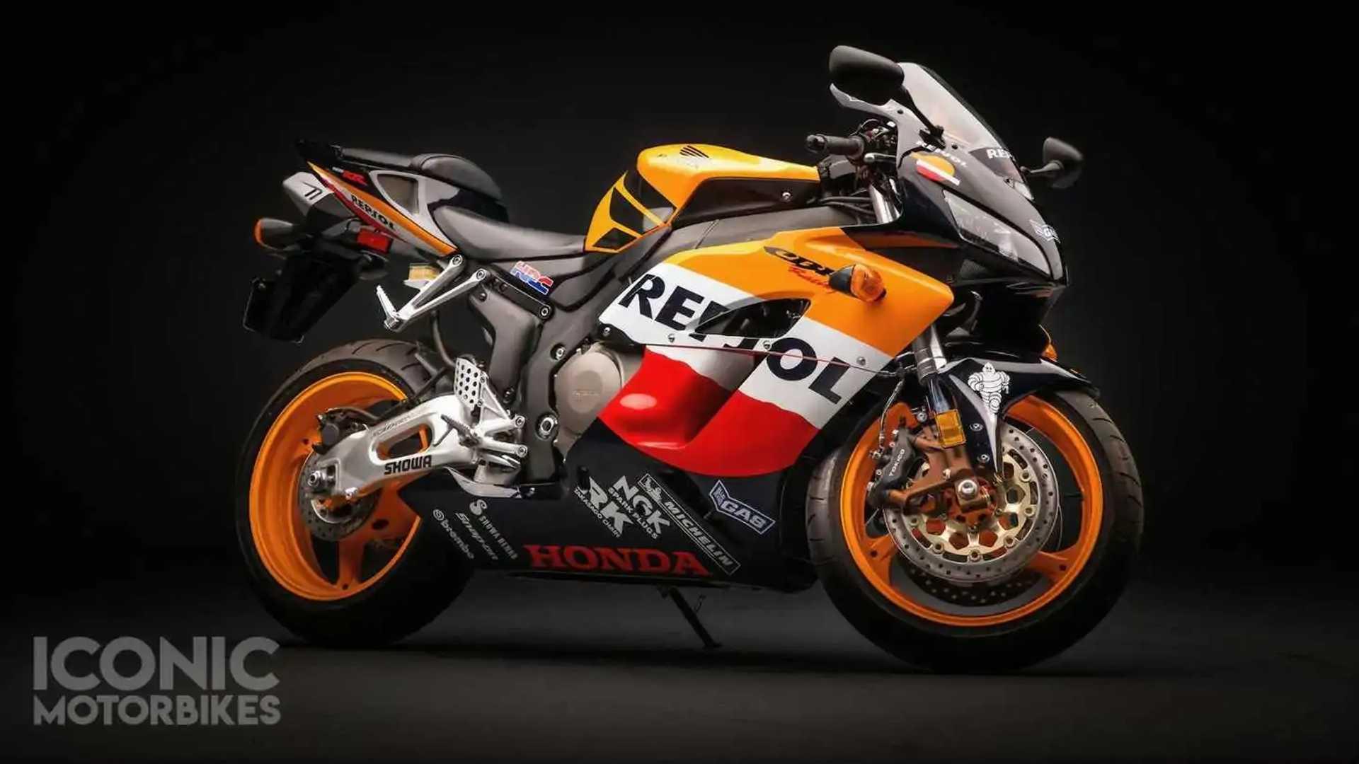 2005 Honda CBR1000RR Repsol Edition - Right Side