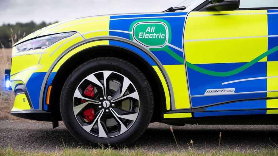 """Una """"pattuglia elettrica"""" per aggiustare le colonnine: l'idea Ford"""