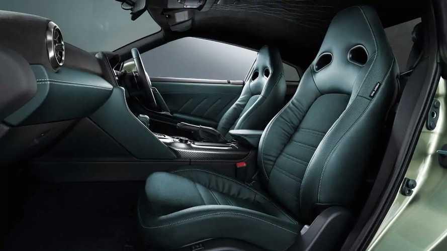 """Ezt imádni fogod: a Nissan kifejezetten azért alkalmaz egy embert, hogy megalkossa a """"tökéletes új autó illatot"""""""