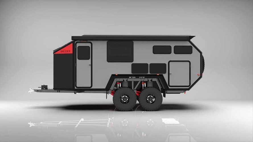 """La super roulotte hi-tech con FV e batterie per vivere """"off-grid"""""""