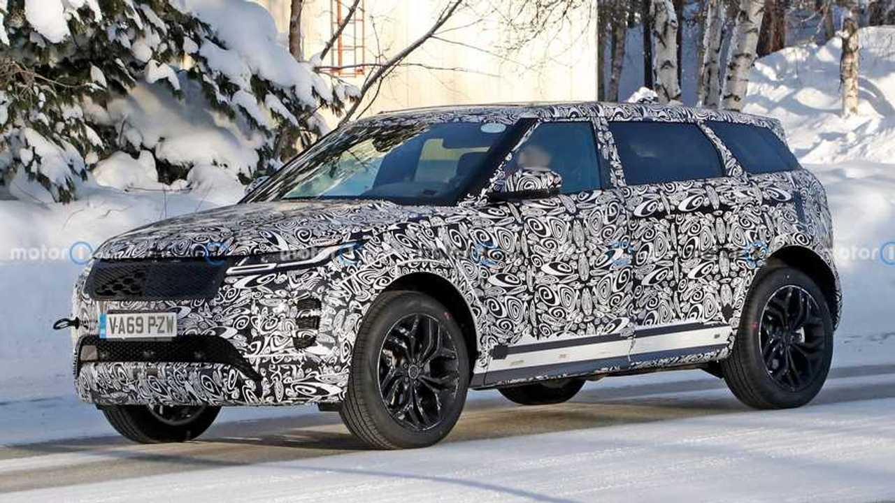 Yeni Range Rover Evoque Uzun Aks Mesafeli Casus Fotoğrafları