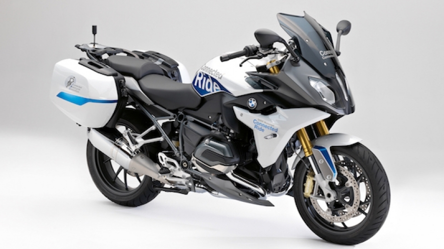 BMW ConnectedRide, arriva la R 1200 RS intelligente