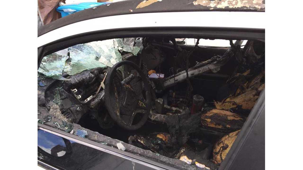 Another Look At Chevrolet Volt Fire Damage (via GM-Volt.com Forums User Ikhan)